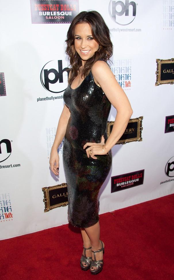 Lacey Chabert w cekinowej sukience