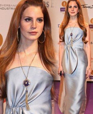 Lana Del Rey w Giorgio Armani (FOTO)