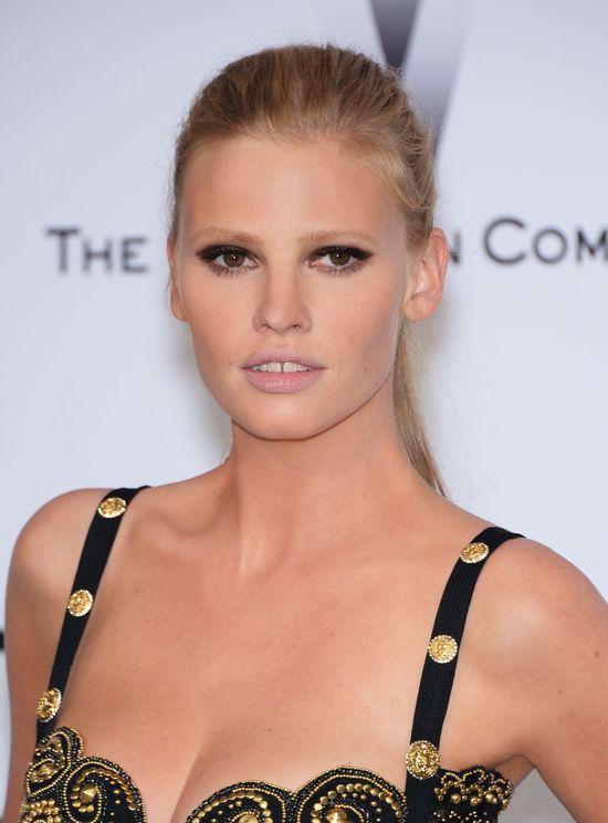 Kolejna porcja makijaży i fryzur gwiazd z festiwalu w Cannes