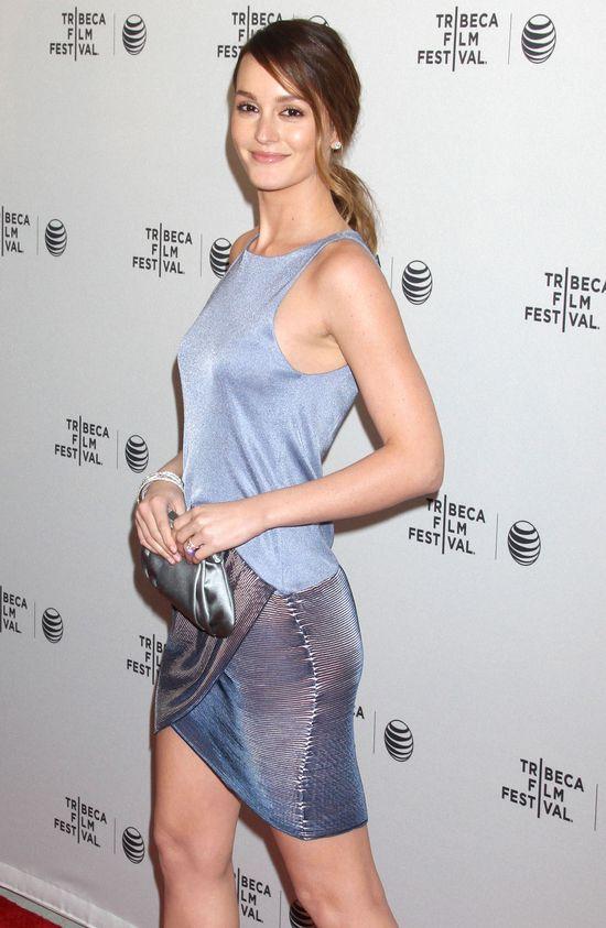 Leighton Messter nie trafiła z sukienką? (FOTO)