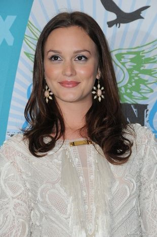 Leighton Meester w sukience Emilio Pucci...