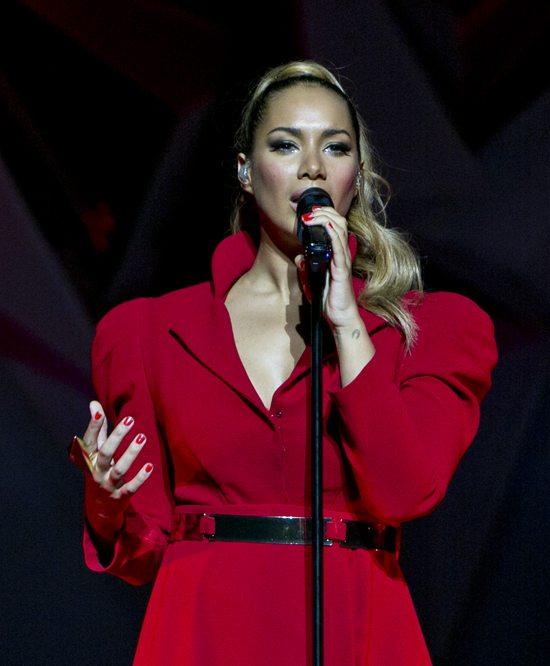 Leona Lewis w czerwonej sukni (FOTO)