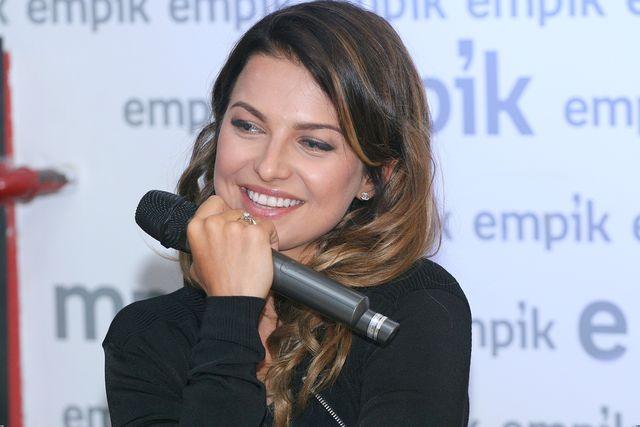 Fani niepokoją się o rozmiar brzuszka Anny Lewandowskiej
