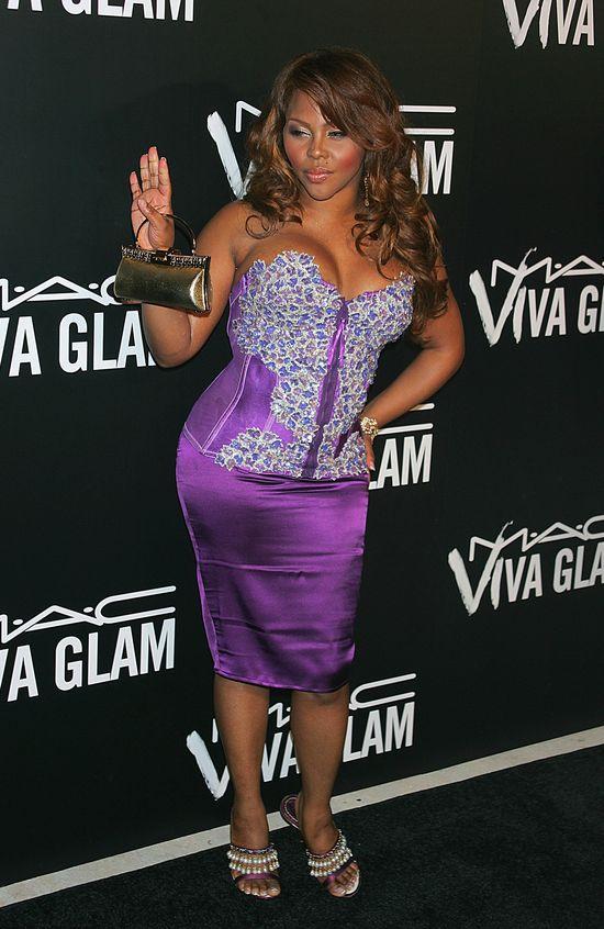 Lil Kim w najgorszej stylizacji ciążowej świata? (FOTO)