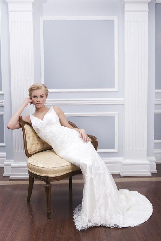 de984bb306 Suknie ślubne Lillian West wiosna 2014 - Zeberka.pl