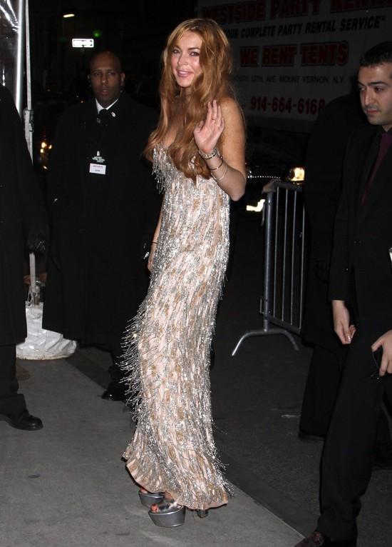 Lindsay Lohan w sukni vintage (FOTO)