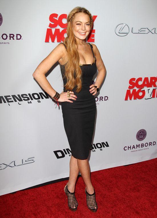 Lindsay Lohan w sukience (FOTO)
