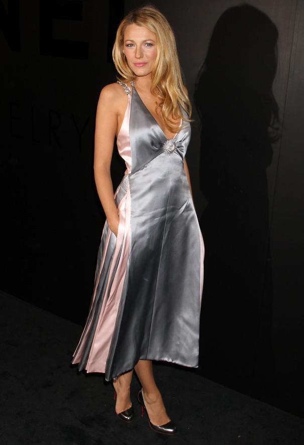 Blake Lively w sukience Chanel