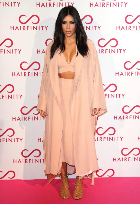 Kim Kardashian i Nicole Richie okradły aptekę! Kim sama się do tego przyznała!