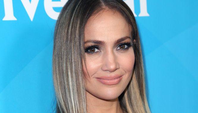 Jennifer Lopez Pokazała Się Na Czerwonym Dywanie Bez