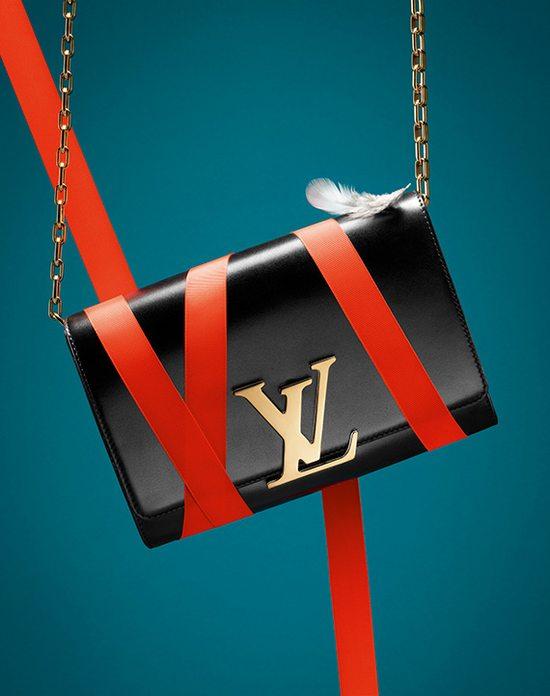Świąteczna kampania Louis Vuitton z kaczką w tle