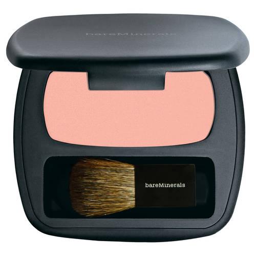 Kosmetyki do makijażu, które pasują KAŻDEJ Z NAS