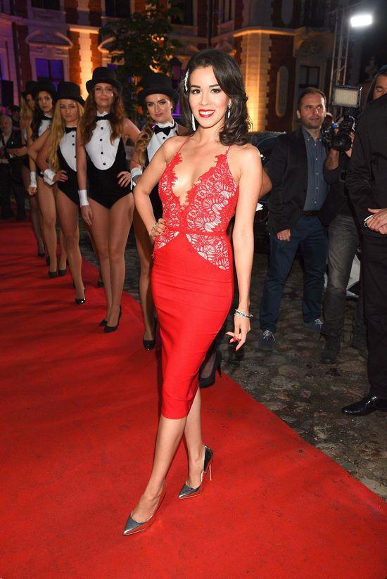 Ile czasu Macademian Girl szykowała się na galę Playboya? (VIDEO)