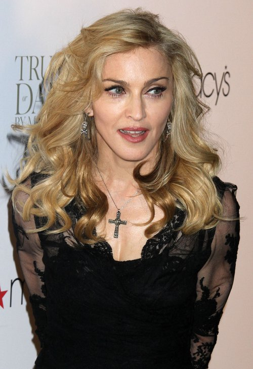 Madonna reklamuje swoje perfumy nago (FOTO)