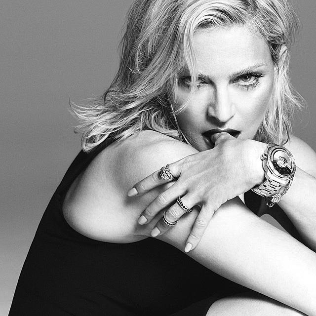Madonna po 10 latach wraca w kampanii Versace! (FOTO)
