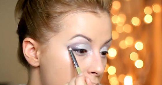 Makijaż powiększający oczy według Zmalowanej (VIDEO)
