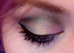 Makijaż w stylu lat 80.