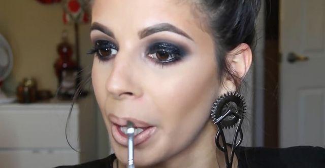 Odrobina dramatycznego looku? Mocny sylwestrowy makijaż...