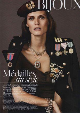 Militarna Małgosia Bela w Vogue Paris