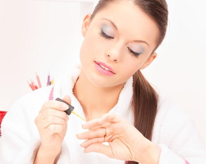 Przybory do manicure - jak przygotować paznokieć?