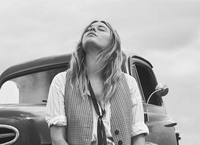 Mango Journeys: Camille Rowe - Moda i historia w tle nowego katalogu na jesień