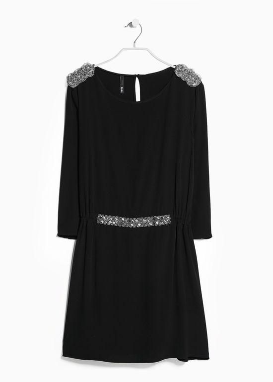 Małe czarne sukienki - Przegląd propozycji sieciówek (FOTO)