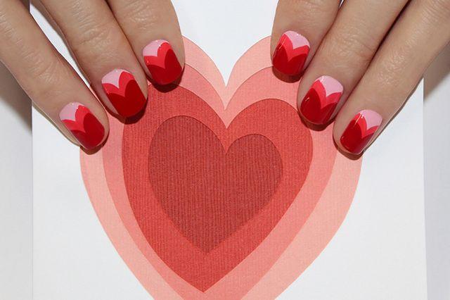 Serduszkowy manicure na Walentynki (FOTO)