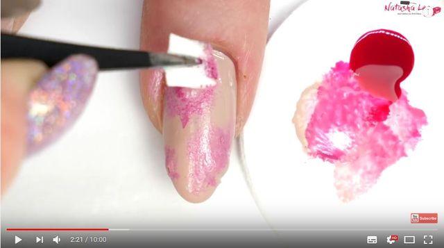 OMG! To najbardziej obrzydliwy halloweenowy manicure, jaki zobaczycie w życiu