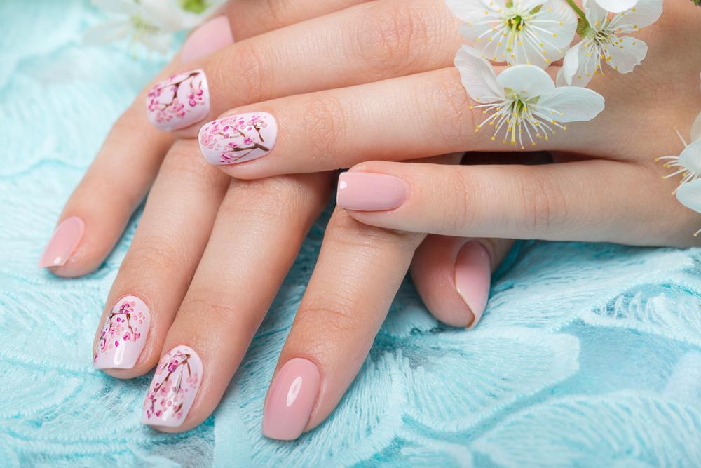 Manicure ślubny 2018 - poznaj 5 gorących trendów!