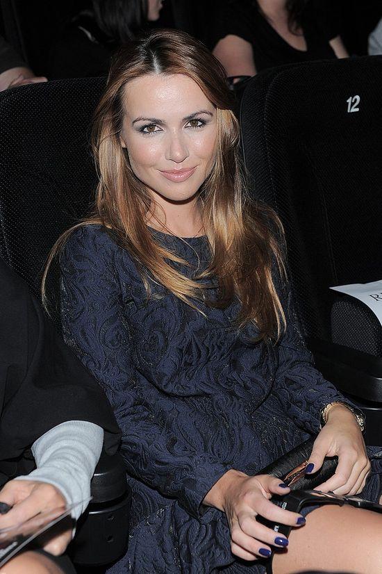 Marta Żmuda-Trzebiatowska w granatowej mini (FOTO)