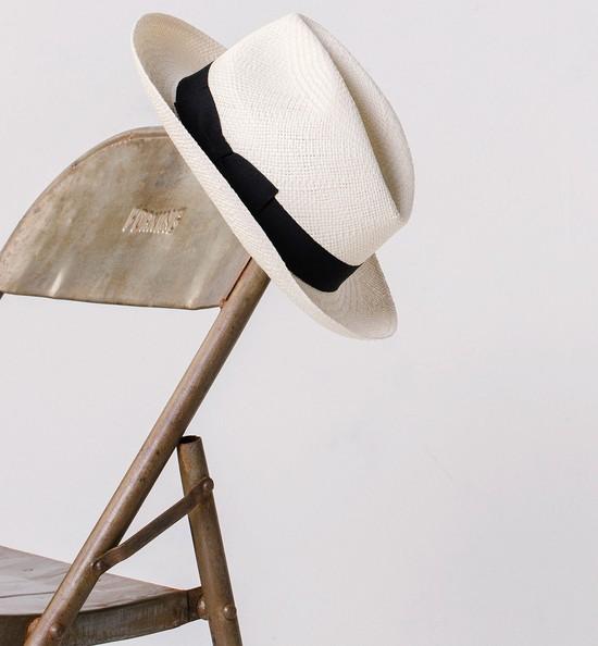 Przegląd kapeluszy w męskim stylu na lato