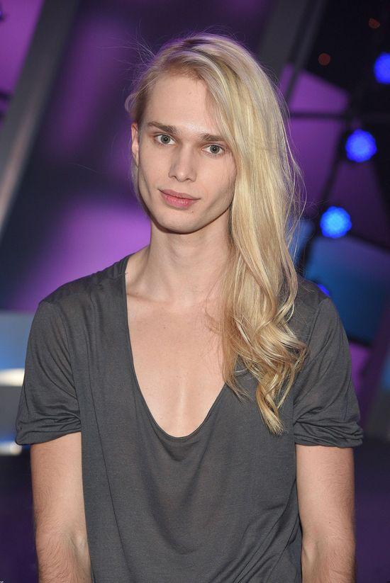Mateusz Maga w krótkich włosach! Zmienił fryzurę?