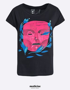 Kosmiczne wzory Patryka Hardzieja na koszulkach Medicine