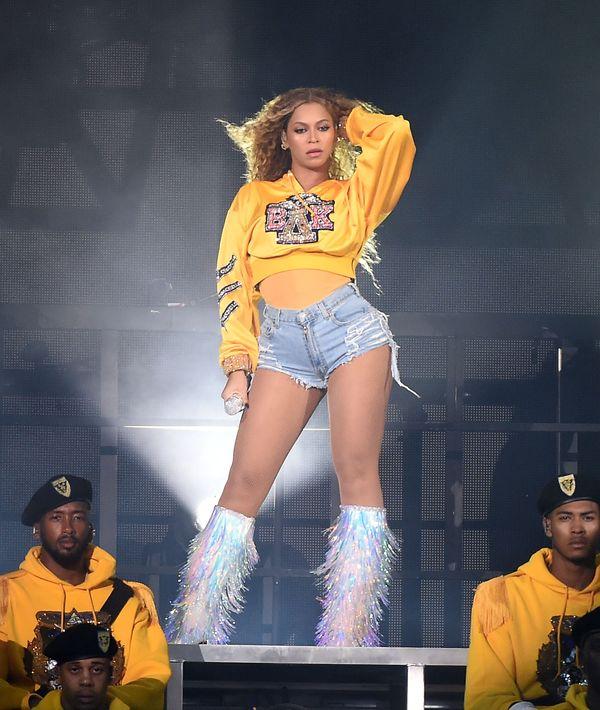WOW! Mascarę, którą na koncertach używa Beyonce kupicie w... Rossmannie!
