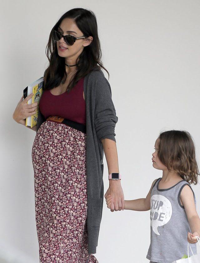 Brzuszek Megan Fox jest już naprawdę ogromny! (FOTO)