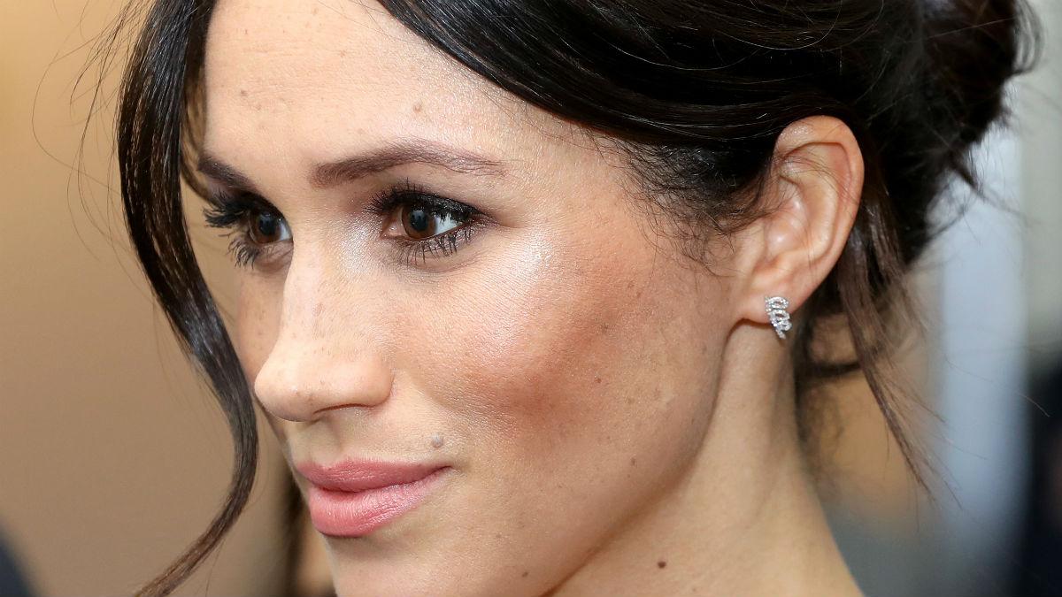 Meghan Markle w mocnym makijażu zalicza pierwszą wpadkę! Znowu złamała zasady?