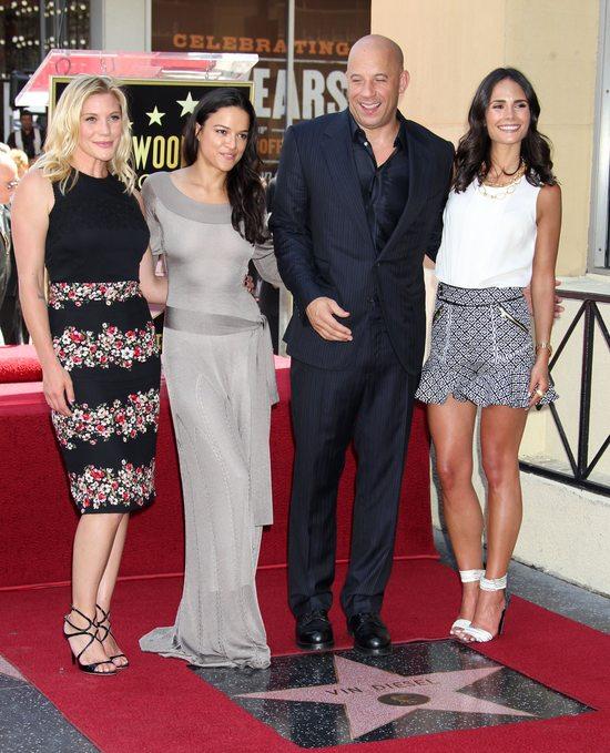 Michelle Rodriguez w sukni Alexandra McQueena