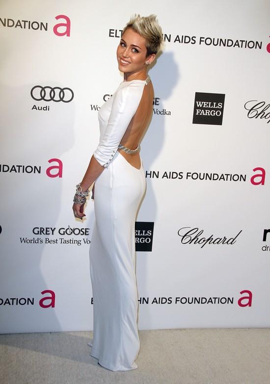 Miley Cyrus w Azzaro (FOTO)