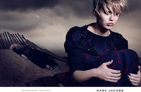 Miley Cyrus w pełnej kampanii Marca Jacobsa (FOTO)
