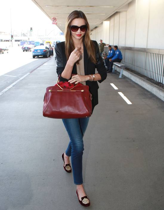 Miranda Kerr w najmodniejszych butach sezonu (FOTO)