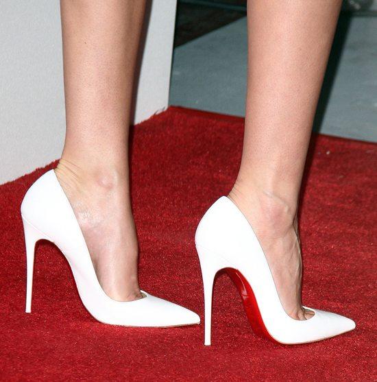 Miranda Kerr w zestawie Davida Koma