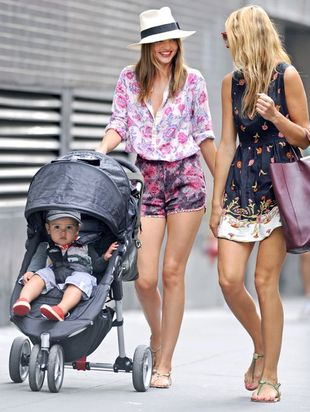 Miranda Kerr - modna mama (FOTO)