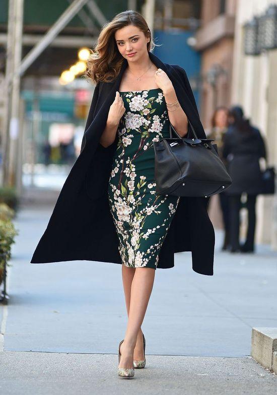 Miranda Kerr na ulicach Nowego Jorku jak na sesji zdjęciowej