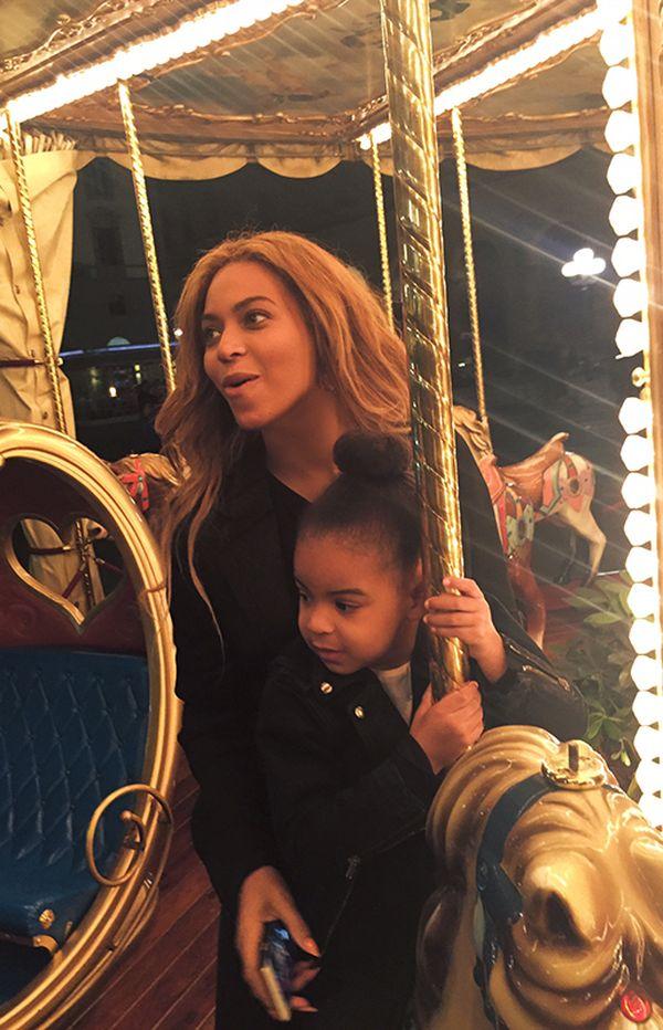 Pamiętacie apel fanów do Beyonce, by czesała włosy Blue Ivy?
