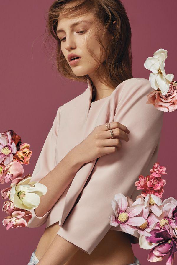 4874f7c135 Cudowny lookbook Flower Crush od Mohito - moda na wiosnę - Zeberka.pl