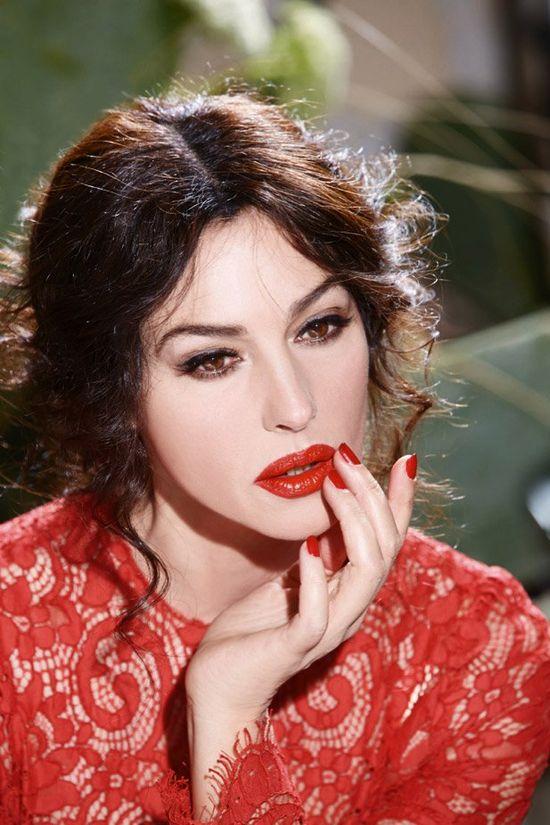 Zachwycająca Monica Bellucci w kampanii Dolce&Gabbana (FOTO)