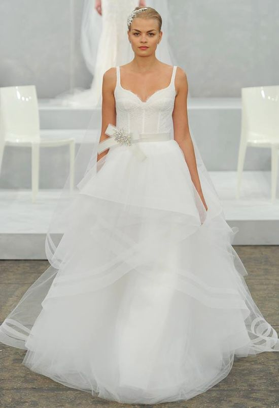 Romantyczne suknie ślubne od Monique Lhuillier (FOTO)