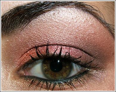 Makijaż oka krok po kroku