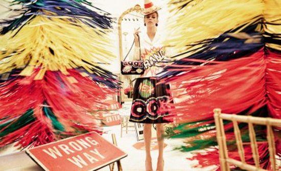 Moschino - szalone propozycje na wiosnę 2016 (FOTO)