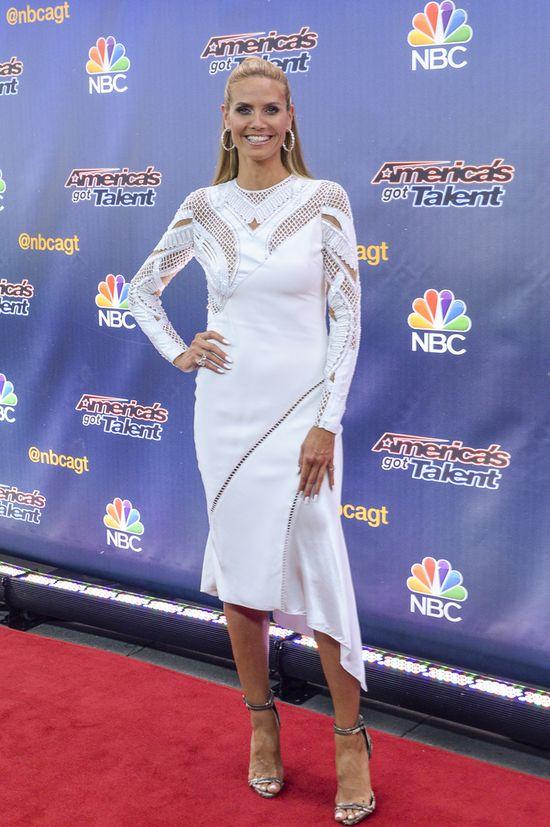 Heidi Klum błyszczy w Versace (FOTO)